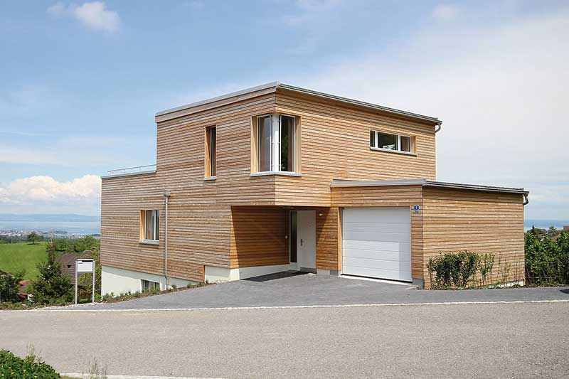 Detached house with wood facade